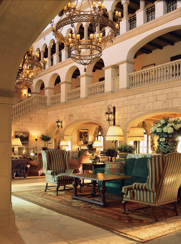 colonial_lounge_lobby.jpg