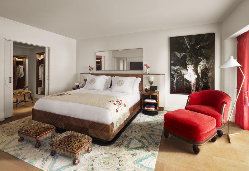 faena_hotel_room_premier_oceanfront_corner_suit.jpg