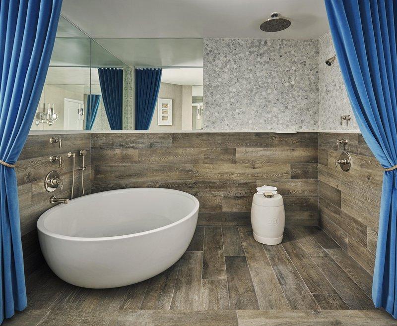 premier_bungalow_bathroom_492269_standard.jpg