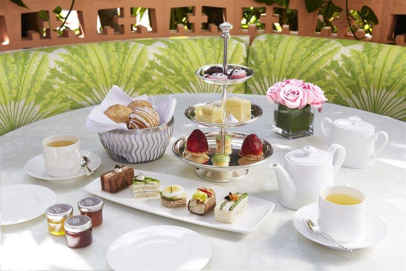 h5pe8_72057498_afternoon_tea_-_polo_lounge.jpg