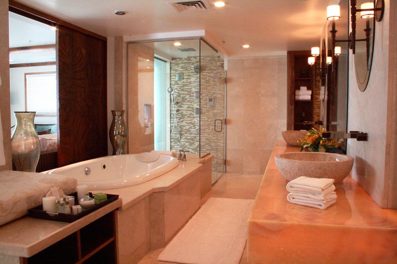 hi_lw2713_33441220_imperial_suite_bathroom.png