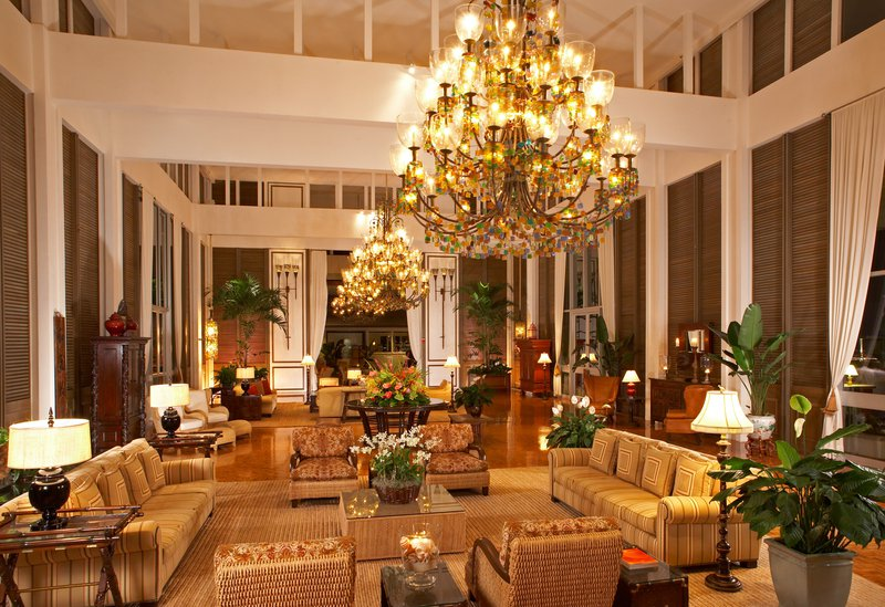 hi_lw2713_53721032_grand_lobby_of_the_kahala_hotel___resort.png