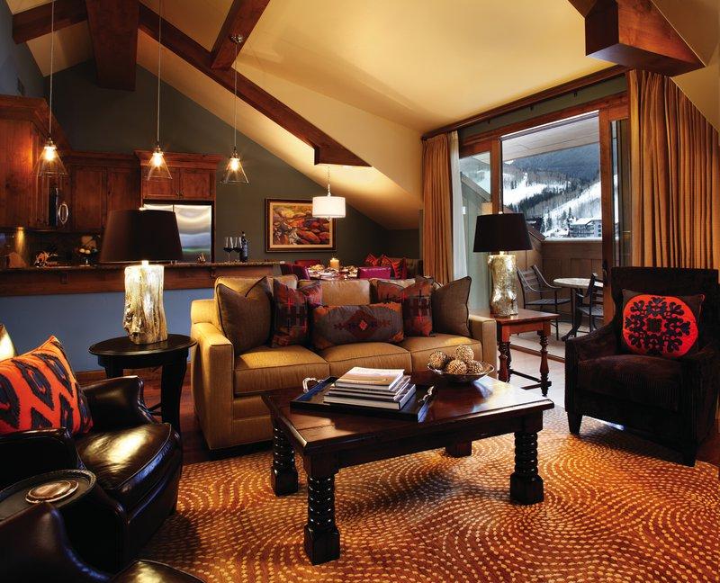 hi_egets_65724333_residential_suite_living_room.jpg