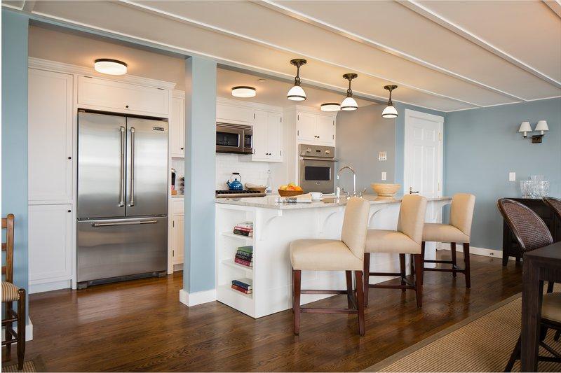 great_egret_suite_kitchen.jpg