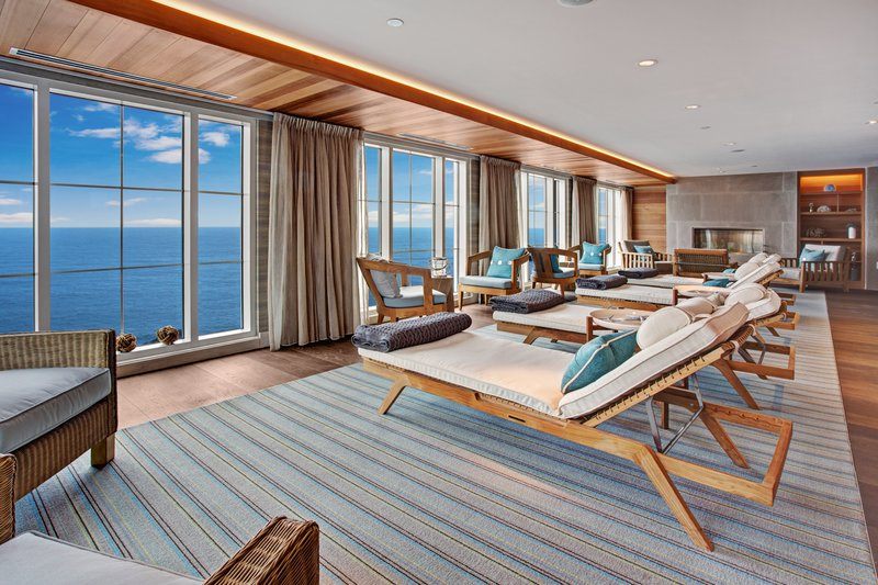 cliff_house_spa_chairs_overlooking_view.jpg