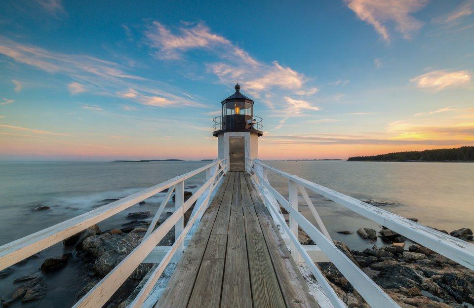 Scenic Lighthouse and Coastline Tour