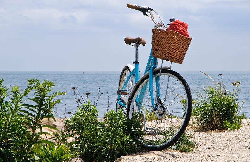 Explore The Kennebunks Bike Tour