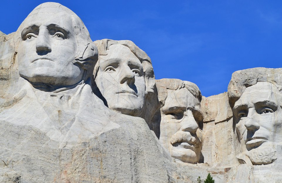 Mount Rushmore Helicopter Tour