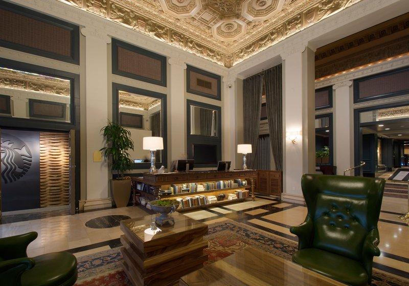 sentinel_hotel_portland_oregon_lobby.jpg