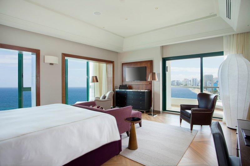 hi_sjucv_70741509_vanderbilt_penthouse_suite_ocean_view_king_.jpg