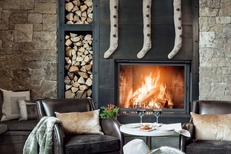 figs-fireplace-holidays.jpg