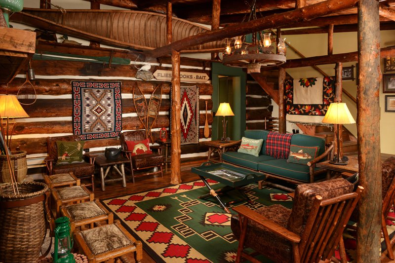 bwe_fishingcamp_lodge_livingroom.jpg