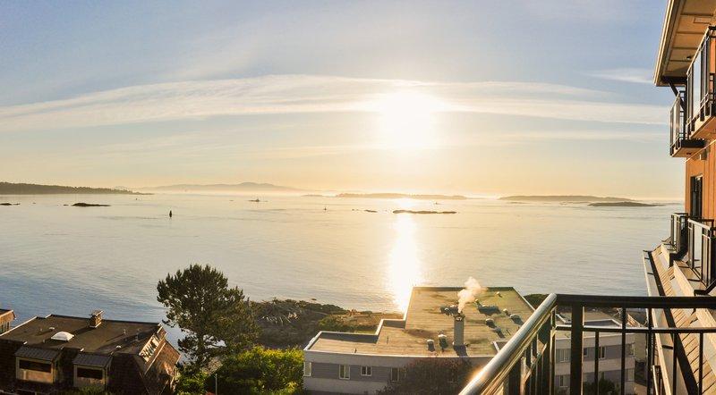 partial_ocean_view.jpg