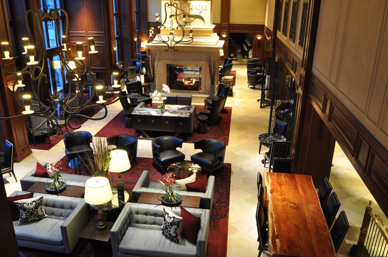 larkspur_lounge.jpg