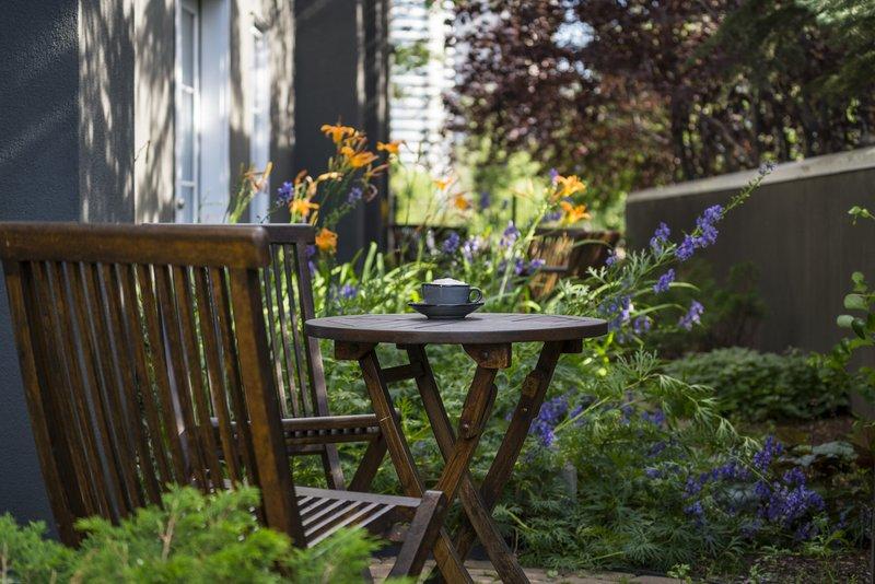 garden_patio.jpg