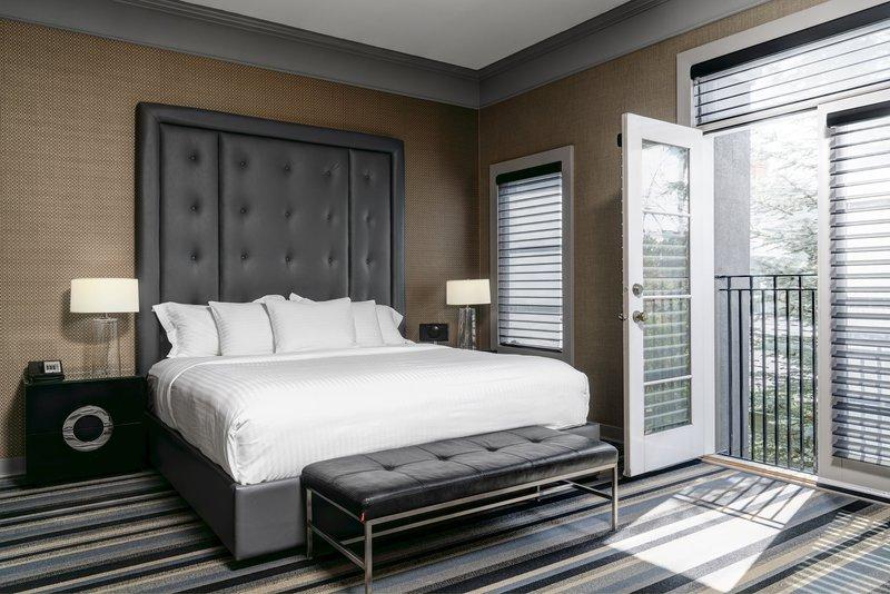luxury_room.jpg