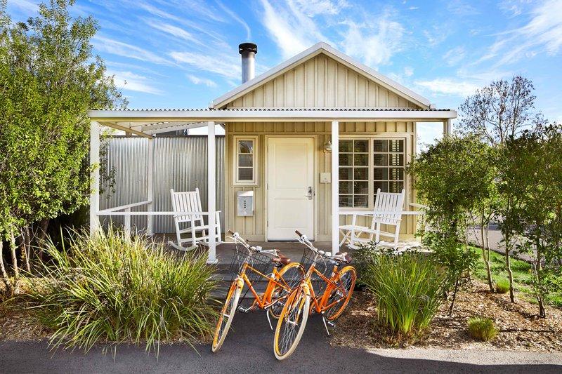 cottage_bikes_2_6.jpg