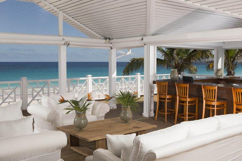 coral_sands_renovated_beach_bar.jpg
