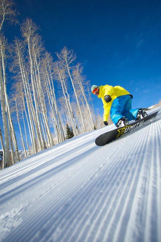 snowboarding_park_city_resort.jpg