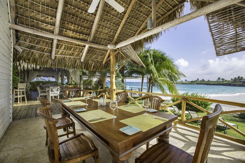 dining_eden_roc_cap_canala_palapa_restaurant.jpg