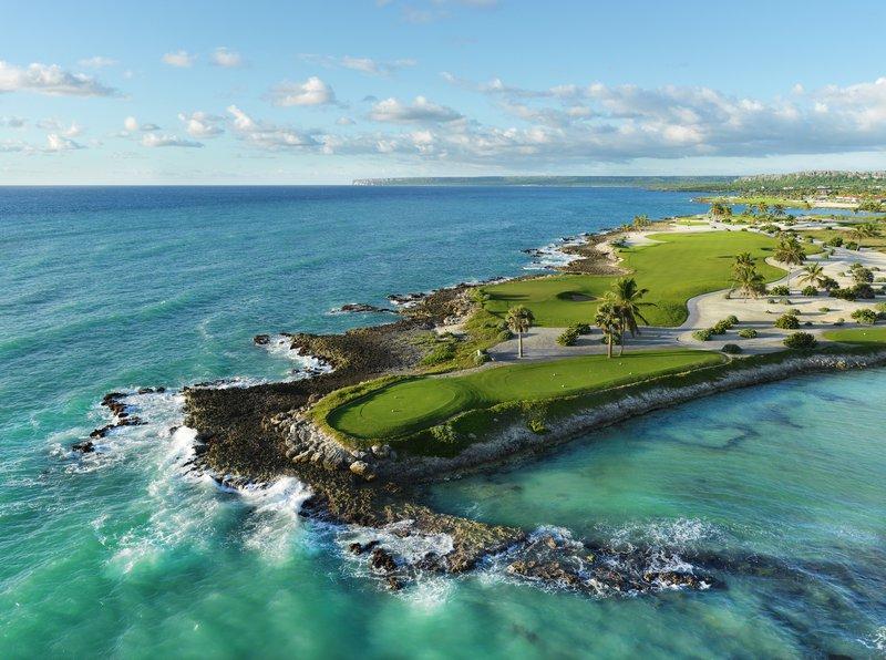 golf_eden_roc_cap_cana3rd_hole_punta_espada.jpg