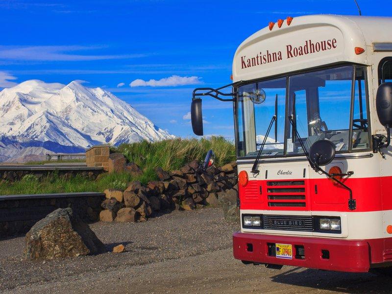 kantishna_roadhouse-bus-denali.jpg