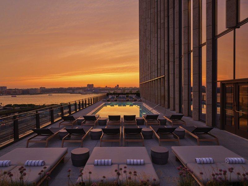 outdoor_pool_deck_-_sunset_3.jpg