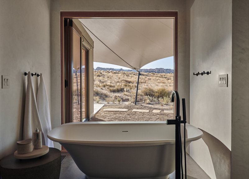 amangiri_usa_-_camp_sarika_tent_9_bathroom_high_res_26934.jpg