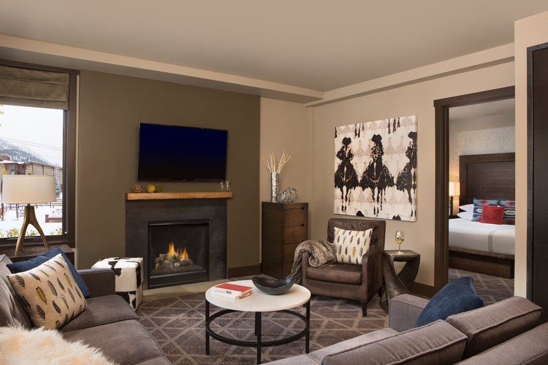 hotel_terra_jackson_hole_one_two_and_three_bedroom_suite_living_room.jpg