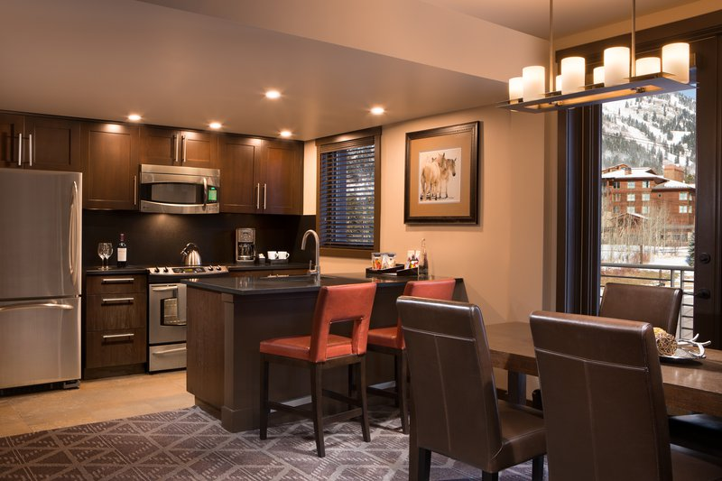 hotel_terra_jackson_hole_one_two_three_bedroom_suite_dining_kitchen.jpg