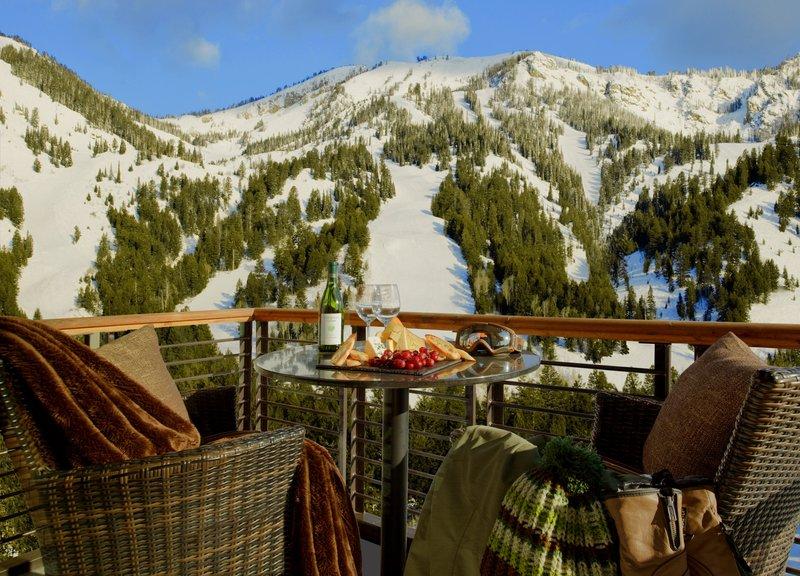 hotel_terra_jackson_hole_winter_balcony_view_2_ejA8rBb.jpg