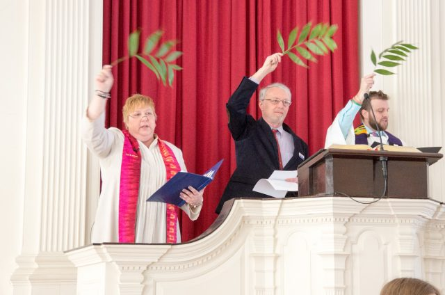 Rev. Lynne Dolan and Rev. Robert Hyde in the Pulpit of First Congregational Church, Shrewsbury, MA on Palm Sunday