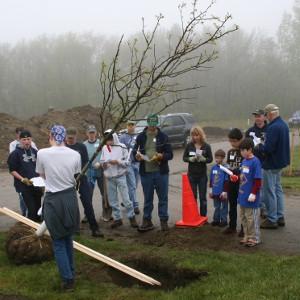 First Church Shrewsbury Earth Stewardship Ministry participates in a Mass ReLeaf event, 2012