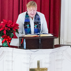 Rev. Lynne Dolan Preaching at First Church, Shrewsbury, MA
