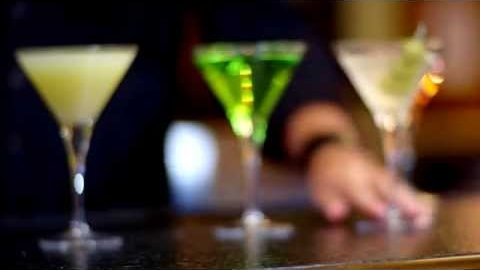 Bar Louie's National Martini Day