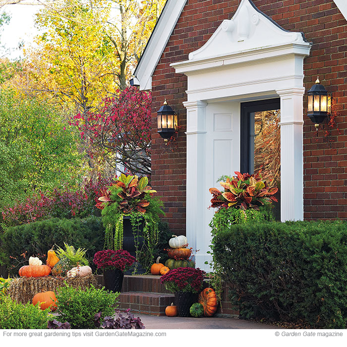 Small Front Yard Curb Appeal: Garden Gate