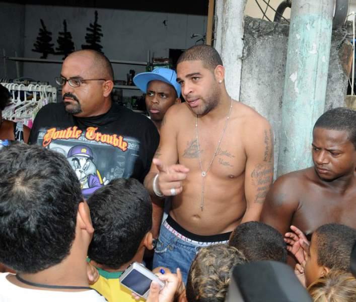 Adriano favela