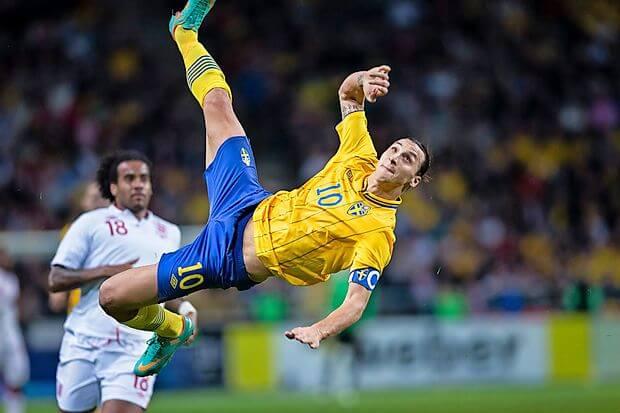 Zlatan Ibrahimovic gol chilena Inglaterra Suecia Premio Puskas 2013