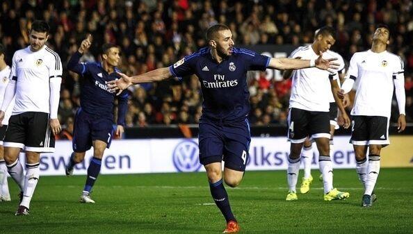 benzema celebra gol valencia