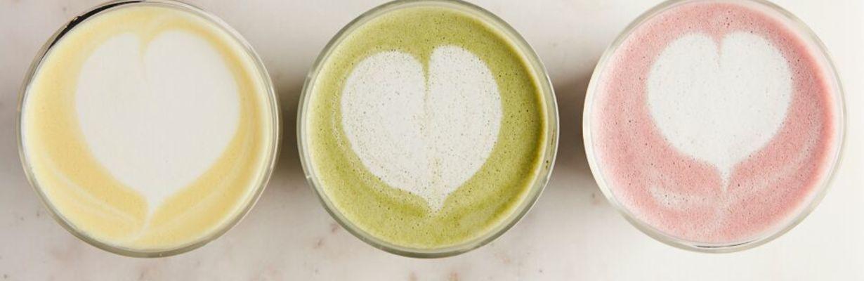 Elderberry and Matcha Latte: healthy coffee alternatives