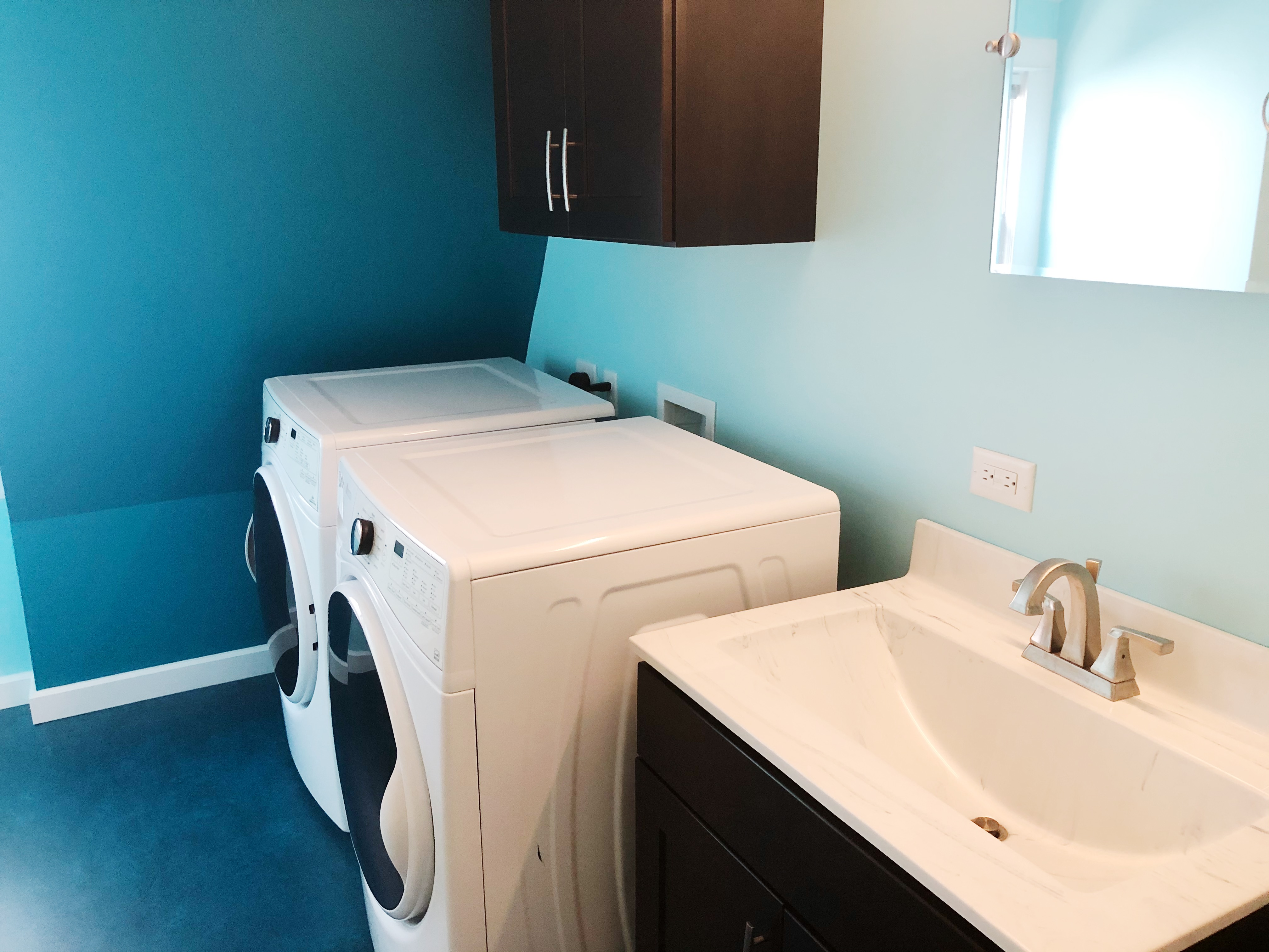 Full Bath 4 with Upstairs Laundry