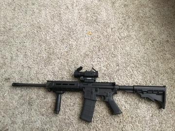 AR-15 at Gunhive.com