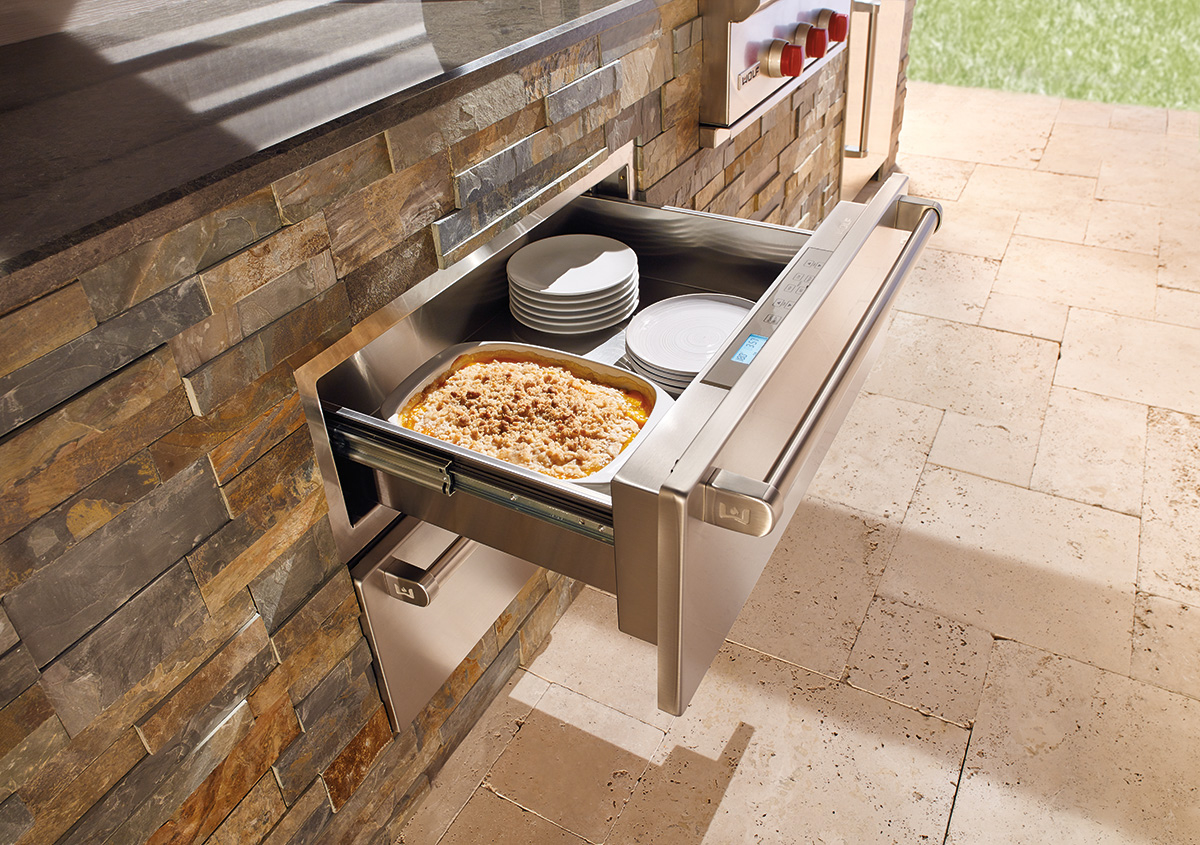 Sub Zero Wolf Outdoor Warming Drawer