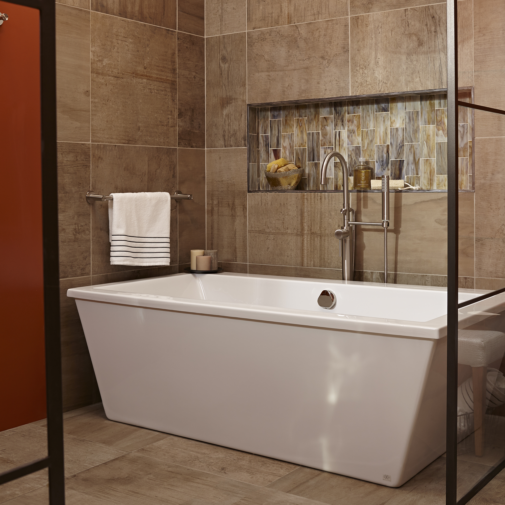 DXV: A Balanced Bath