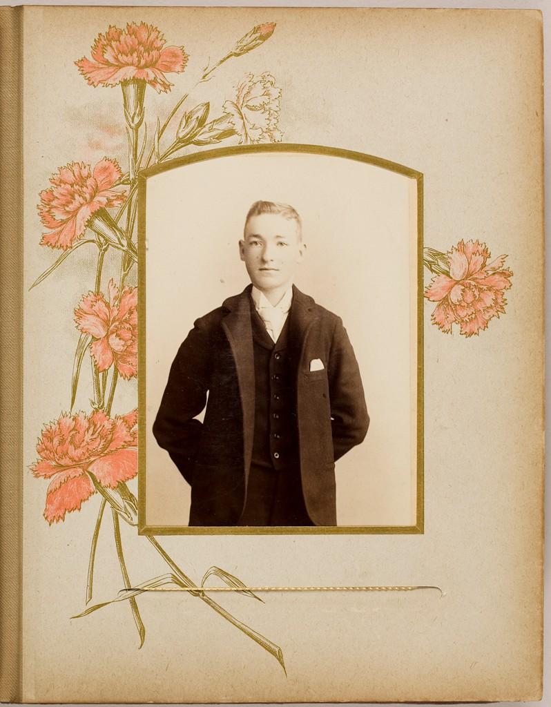 A family album (c. 1901).