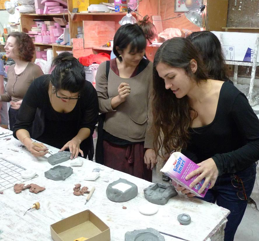 Students create plaster casts in the studio. Photo: Francesca Bewer.