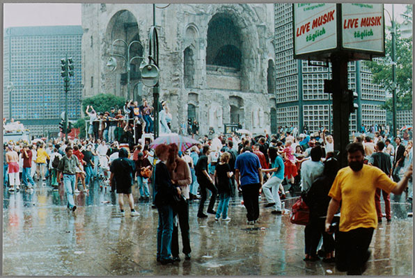 Wolfgang Tillmans, Love Parade, rain, 1992. Chromogenic print. Harvard Art Museums/Busch-Reisinger Museum, Purchased through the generosity of the German Friends of the Busch-Reisinger Museum, 2015.12.18.1. © Wolfgang Tillmans.