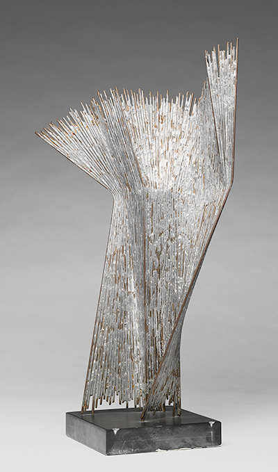 Brigitte Matschinsky-Denninghoff and Martin Matschinsky-Denninghoff, 61/6, 1961. Brass and tin. Harvard Art Museums/Busch-Reisinger Museum, Association Fund, BR61.112.