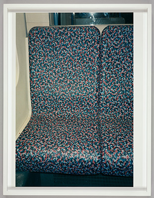 Wolfgang Tillmans, U-Bahn sitz, 1995. Chromogenic print. Harvard Art Museums/Busch-Reisinger Museum, Purchased through the generosity of the German Friends of the Busch-Reisinger Museum, 2015.12.10.1. © Wolfgang Tillmans.