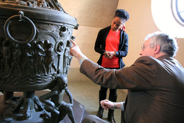 Jeffrey F. Hamburger, the Kuno Francke Professor of German Art & Culture at Harvard University, points out details on a plaster cast to Harvard graduate student Denva Jackson.